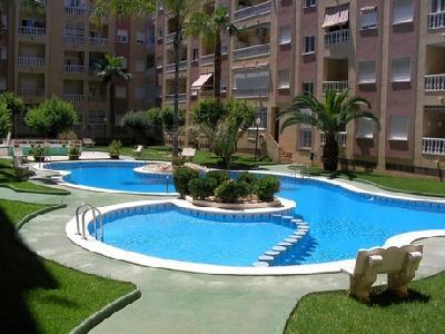 Torrevieja appart penthouse 2ch  1 sdb  60 m2 piscine